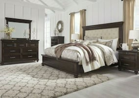 Brynhurst Dark Brown Upholstered Panel Bedroom Set