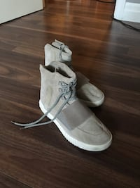 Yeezy Boost 750 - Size 10 - $20 Windsor, N8P 1R4