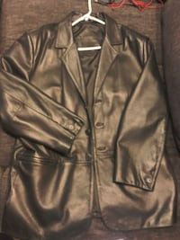 Round tree and York Men's Leather Jacket Tomball, 77375