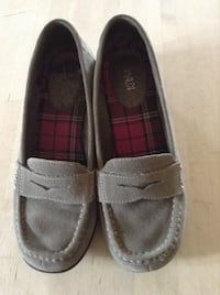 Grey Suede Wedges - Size 8 Calgary, T3E 2S9