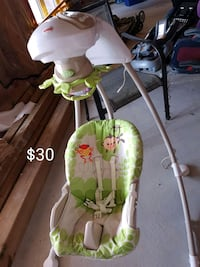 baby's white and green cradle and swing Bradford West Gwillimbury