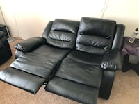 Black sofa set Toronto, M1W