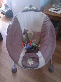 baby's gray and white bouncer Barrie, L4N 9L3