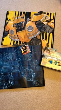 Transformers Bumblebee  and 2 bags Zanesville, 43701