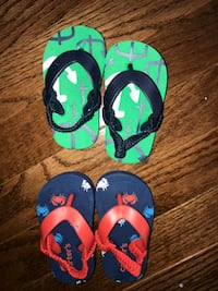 Size 1/2 boys flip flops from carters