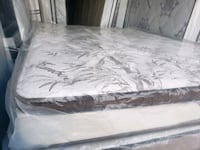 New queen mattress+ box spring delivery 50 Edmonton, T5A 4H3