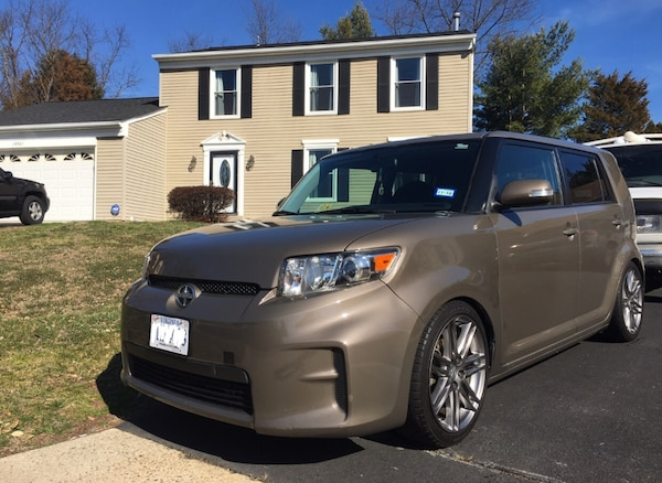 Scion - xB - 2012 7