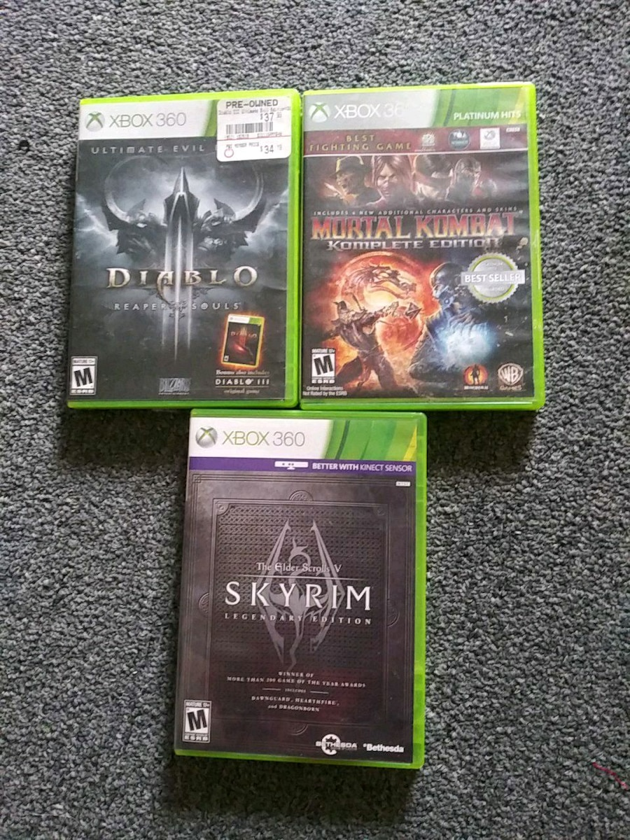 Photo Xbox 360 console games $10.00 each pick and choose