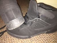Pair of black air jordan basketball shoes Oshawa, L1H 4L5