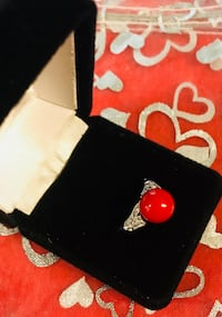 Red artificia coral crystal stone ring  Los Angeles, 91403