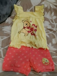 toddler's yellow and peach Winnie the pooh outfit Toronto, M1K 4H7