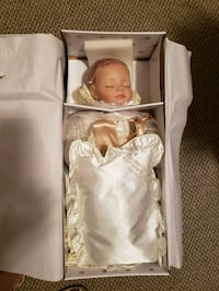 Prince George doll Saint Thomas, N5R