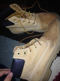 Timberlands water proof Toronto, M1G 3S8