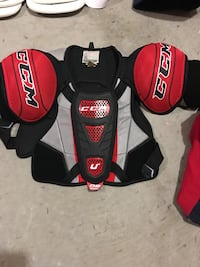 Youth protective hockey equipment  Barrie, L4N 9S7