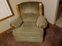 Rocking chair recliner . Muskego, 53150