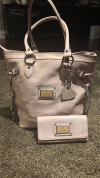 Women's gray leather tote bag Toronto, M9R 1Y1