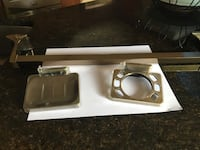 3 piece towel holder.soap dish and hanging toothbrush holder Sterling Heights, 48313