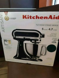 KitchenAid  Tilt Head Stamd Mixer 5 quart 4.7litre Edmonton, T6E 6K5