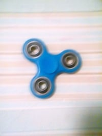 blue fidget spinner Washington