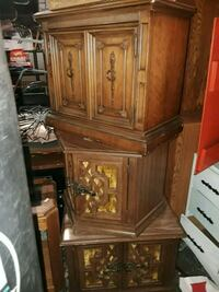 brown wooden cabinet with drawer McMinnville, 97128