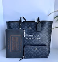 Authentic Coach new lg Reversible Tote And Wallet Medford, 97501