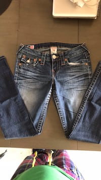 blue-washed denim bottoms Bakersfield, 93313