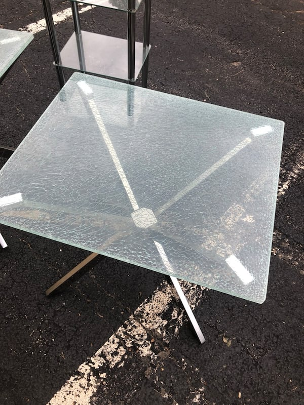 Glass coffee tables and glass shelving  f5dbb035-0d1a-4cc5-8bd8-f24663d08ad1