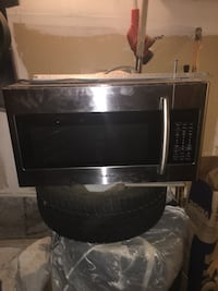 Samsung stainless steel microwave  Mississauga, L5N 7H1
