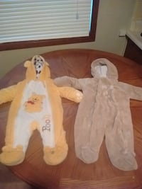 2 Winnie the Pooh winter suit
