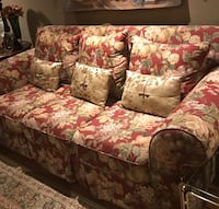 Flower print sofa 76 inches by 38 inches 780 km