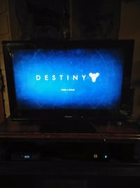 32 inch Toshiba HDtv 2 HDMIs with remote Warwick