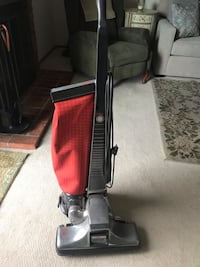 Black and red upright vacuum cleaner San Jose, 95119
