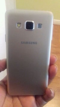 silver Samsung Galaxy android smartphone West Bromwich, B71 2RP