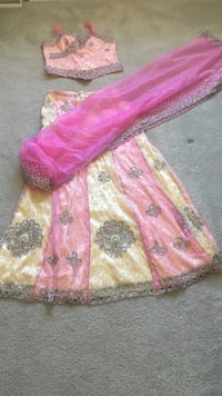 pink and yellow strapless dress ; pink scarf Lackawanna, 14218