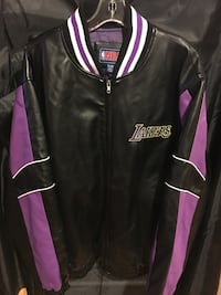 LA Lakers jacket XL Cranston, 02920