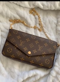 Louis Vuitton chain wallet  Mississauga, L5N 4P2