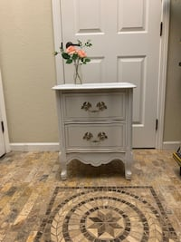 French Provincial Night Stand Or End Table Ponchatoula, 70454
