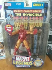 Marvel Legends The Invincible Iron Man action figure box