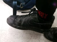 pair of black Nike Air Force 1 low shoes 3737 km