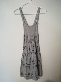 Summer dress size 4 New Tecumseth, L9R