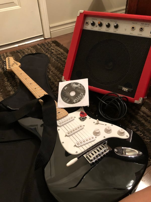 Complete electric guitar package.   Great graduation gift.  Learn to play this summer. ea91fcf6-c076-4888-adfe-6c350464731e