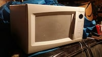 white microwave oven Chicago, 60636