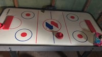 White and black air hockey table Sycamore, 60178