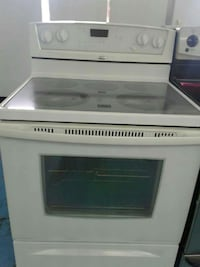 White Whirlpool Gold glass top stove