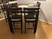Excellent Dining Set - table and 4 chairs Richmond Hill, L4C 2L4