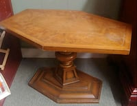 Small table Brentwood, 37027