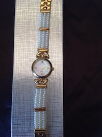 Elegant freshwater pearls watches Richmond Hill, L4C 0H9