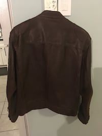 Brown Danier leather full zipped jacket null, B0P 1G0