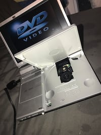 Miniature DVD player null, R1A