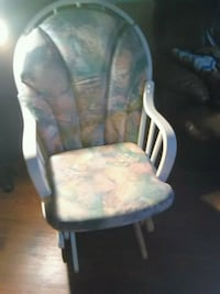 Glider Rocking Chair and glider stool to match  Port Coquitlam, V3C 5Y3